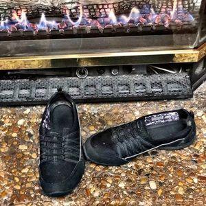 Skechers Shoes - Tennis Shoes